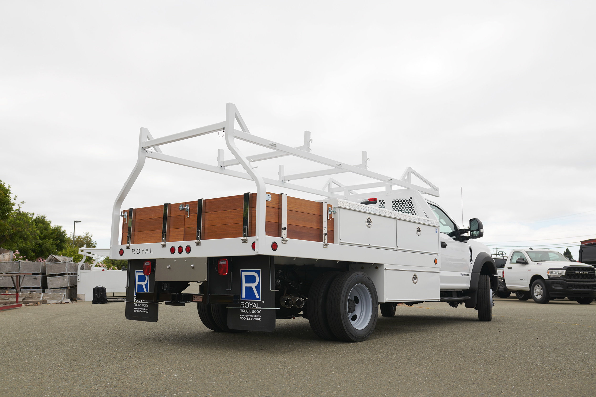 Spartan Motors Acquires Royal Truck Body