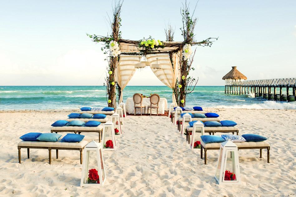 Sarah e Iván comenzarán a trabajar con los organizadores profesionales de Vidanta Weddings, los cuales harán realidad la boda de sus sueños.