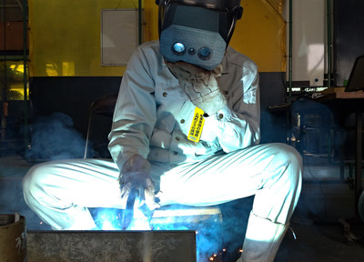 Worker Using the Xtreme Dynamic Range (XDR) Equipped Welding Helmet