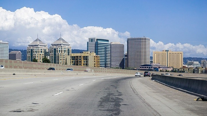 "Highway 880 in Oakland was named a ""Risky Road"" on the 15th annual Allstate America's Best Drivers Report. To spur positive change in communities, Allstate is lending a hand by offering $150,000 in grants that can be used for safety improvement projects on these 15 ""Risky Roads."" (PRNewsfoto/Allstate)"