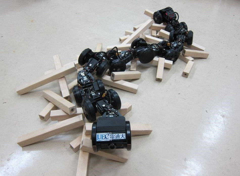 The snake-like robot T2 Snake-3 from reference [1]