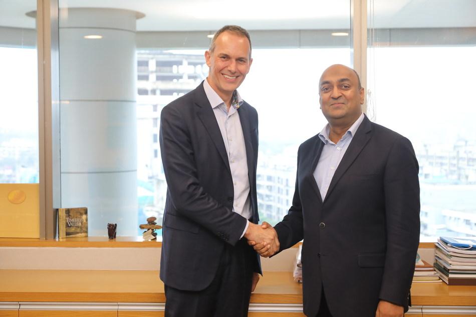 Nick HAGGAR, CEO Zentiva and Rajaram NARAYANAN, Managing Director, Sanofi India Limited