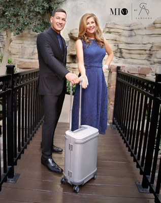 MI VI co-founders Kathy Ireland and Tommy Meharey, with MI VI by Samsara smart luggage