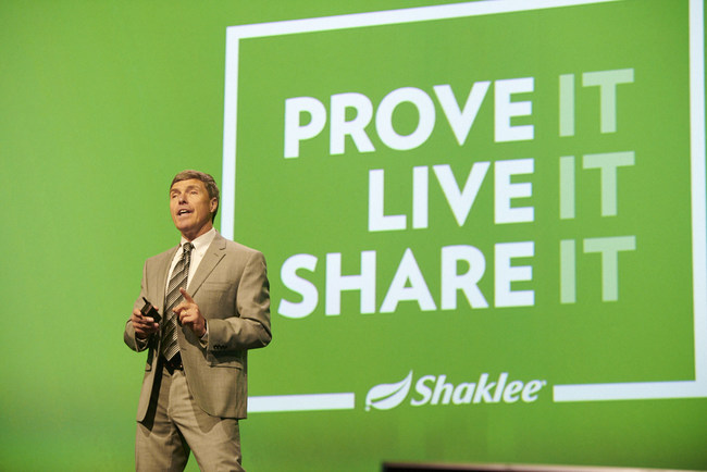 Wayne Westcott, Ph.D. as keynote speaker during the Science Symposium at the Shaklee Global Conference, July 2019.