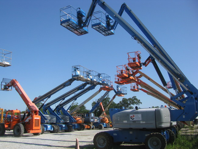 Boom lifts and telehandlers are among the assets available for immediate sale.