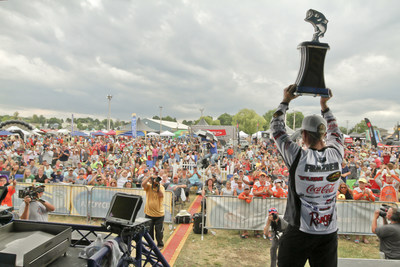 The 2020 Bassmaster Elite Series schedule should continue to draw record-breaking crowds to a variety of storied fisheries, where fans can see the world's best anglers compete on some of the best big-bass lakes in America.