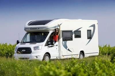UK motorhome breaks enjoy 30% increase in bookings, causing delays in refunds.
