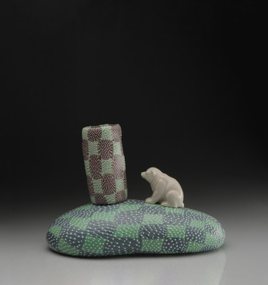 Image credits: Richard Marquis (American, born 1945). Pastel Polar Bear, 2013. Blown glass, granulare technique, found object; 8 x 11 ½ x 6 ¼ inches. Photo courtesy of the artist.