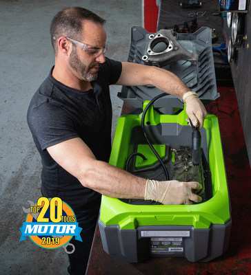 The new CRC SmartWasher BenchtopPRO is the industry's first portable, storable bioremediating parts washer.