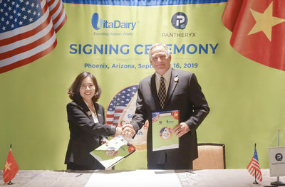 A Hundred-Million-dollar deal: Bring Colostrum named ColosIgG 24h from the U.S to Vietnam - VitaDairy made America Admired