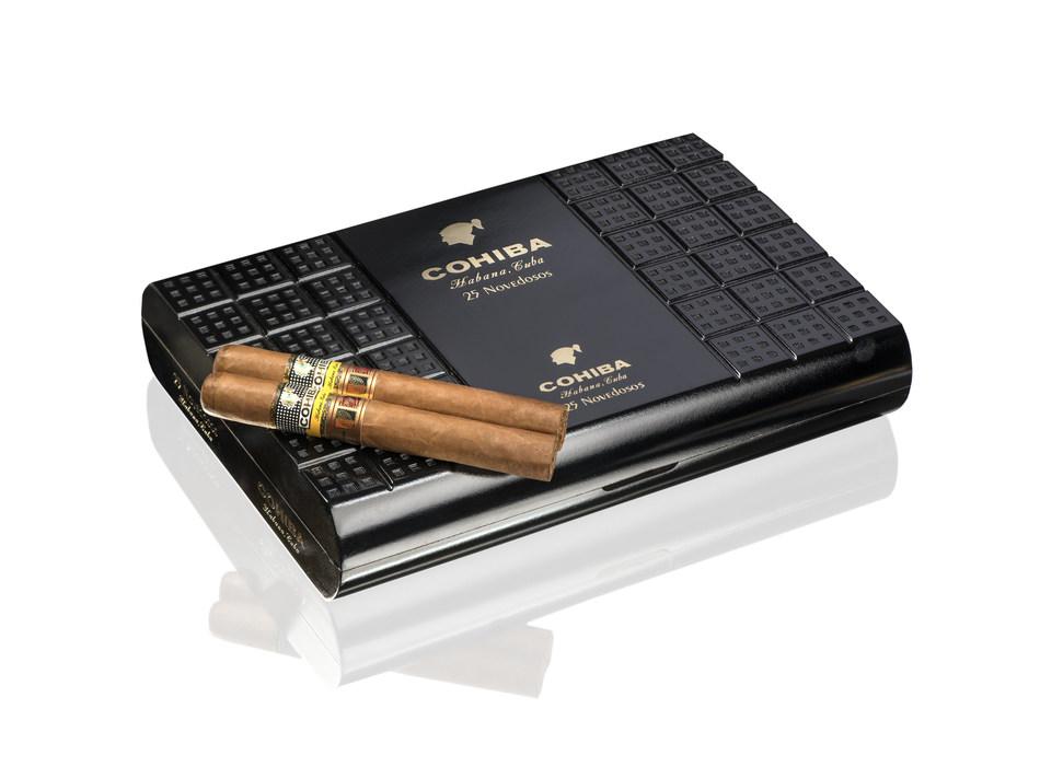Cohiba Novedosos box and habanos