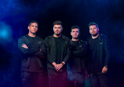 """""""Welcome to the new H4X roster. #H4XSummit"""" From left to right: Tal Aizik """"Fly"""", Mike Labelle, Tarik Celik """"Tarik"""" and Ian Porter """"Crimsix"""". (CNW Group/H4X)"""