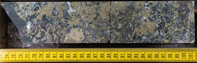 Multiple phases of pyrite with chalcopyrite mineralization with magnetite and hematite. Image starting at 91.71m in NWDDH19-012; the second diamond drill hole at the NW Zone in 2019. Note mineralization is visually high-grade and not representative of the entire hole. (CNW Group/Crystal Lake Mining Corporation)