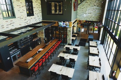 Waterloo Brewing Taphouse Interior (CNW Group/Waterloo Brewing Ltd.)