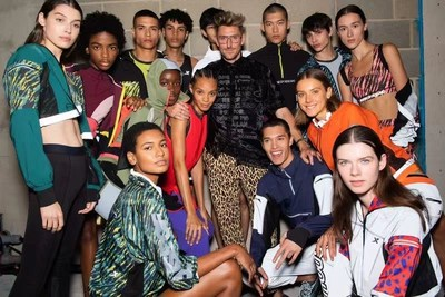 Xtep y House of Holland presentan su colección «City Runner» en la Fashion Week de Londres