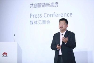 Peter Zhou, vice-presidente da linha de produtos de TI da Huawei e presidente do domínio de dados e armazenamento inteligente da Huawei (PRNewsfoto/Huawei)