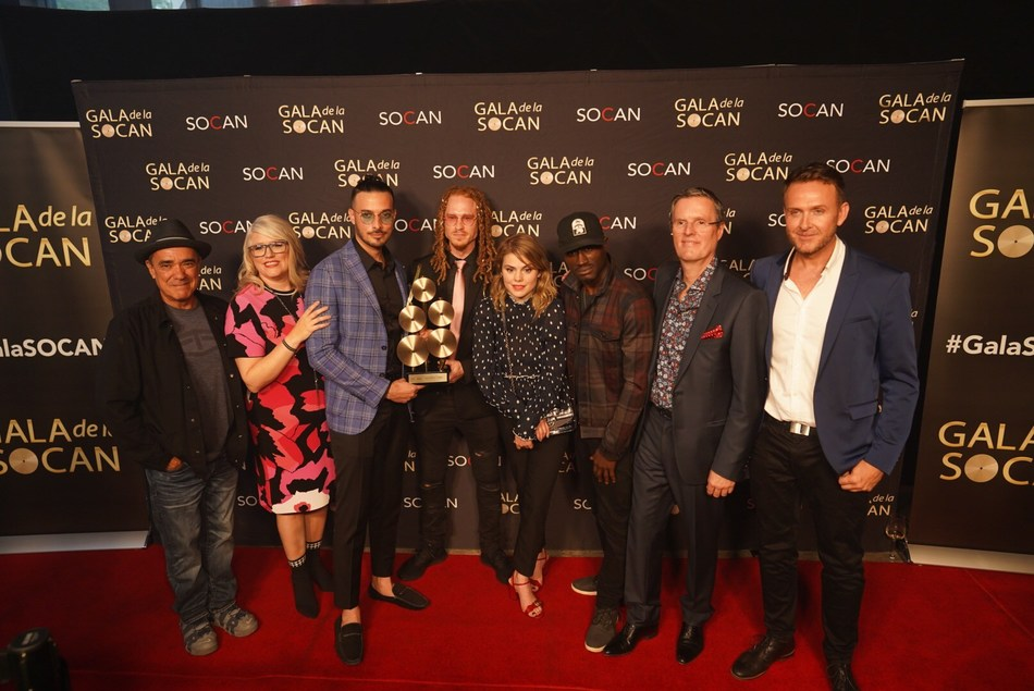 Some of the 30th annual SOCAN Montreal Awards winners (from left to right): Florent Vollant (SOCAN Classics), Geneviève Côté, SOCAN's Chief Quebec Affairs Officer, Banx & Ranx (International Award), Coeur de pirate (Songwriter of the Year), Ousmane Traoré - Dubmatique (SOCAN Classics), Eric Baptiste, SOCAN's Chief Executive Officer, Steve Marin (Non-Performing Songwriter of the Year). (Photo: Benoit Rousseau/SOCAN) (CNW Group/SOCAN)