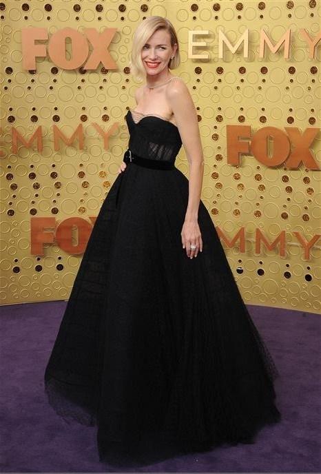 Naomi Watts Wears Platinum Jewelry to the Emmy Awards #BePlatinum