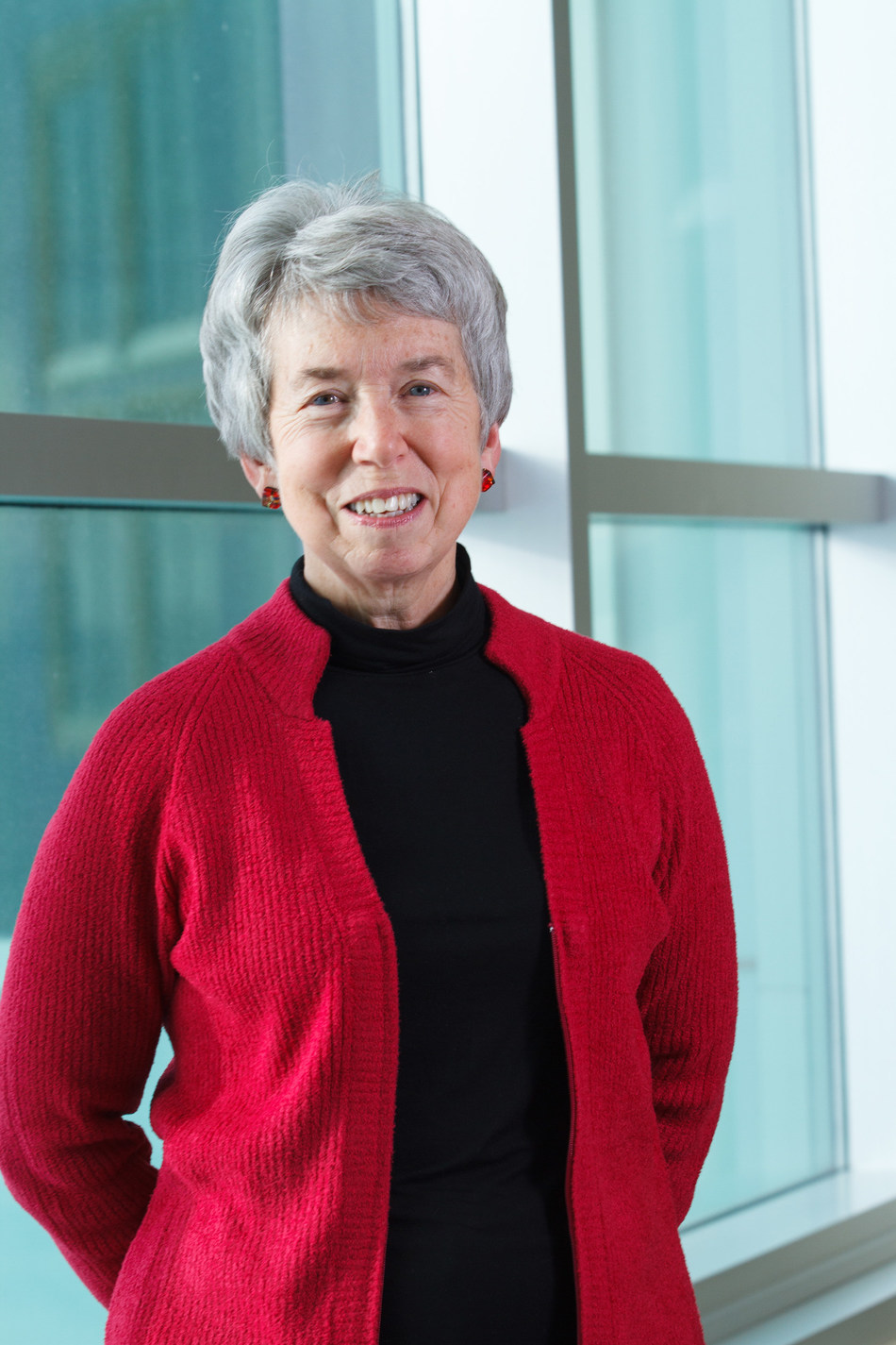 Dr. Bonnie J. Kaplan of the University of Calgary has been named winner of the 2019 Dr. Rogers Prize for Excellence in Complementary and Alternative Medicine - a $250,000 cash prize. (CNW Group/DR. ROGERS PRIZE)